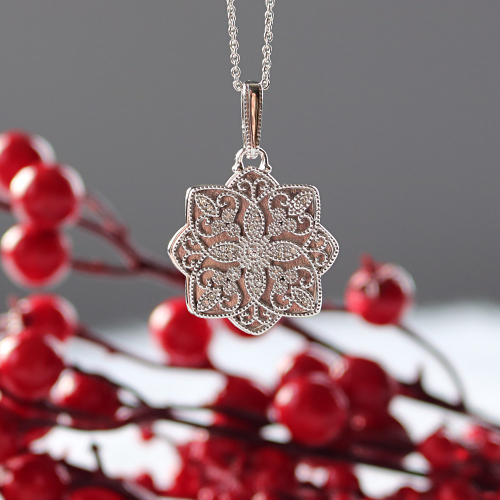 Bentley Diamond - Christmas Locket